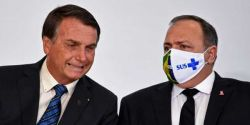 Na mira da CPI da Covid, Pazuello viaja com Bolsonaro para Goiás